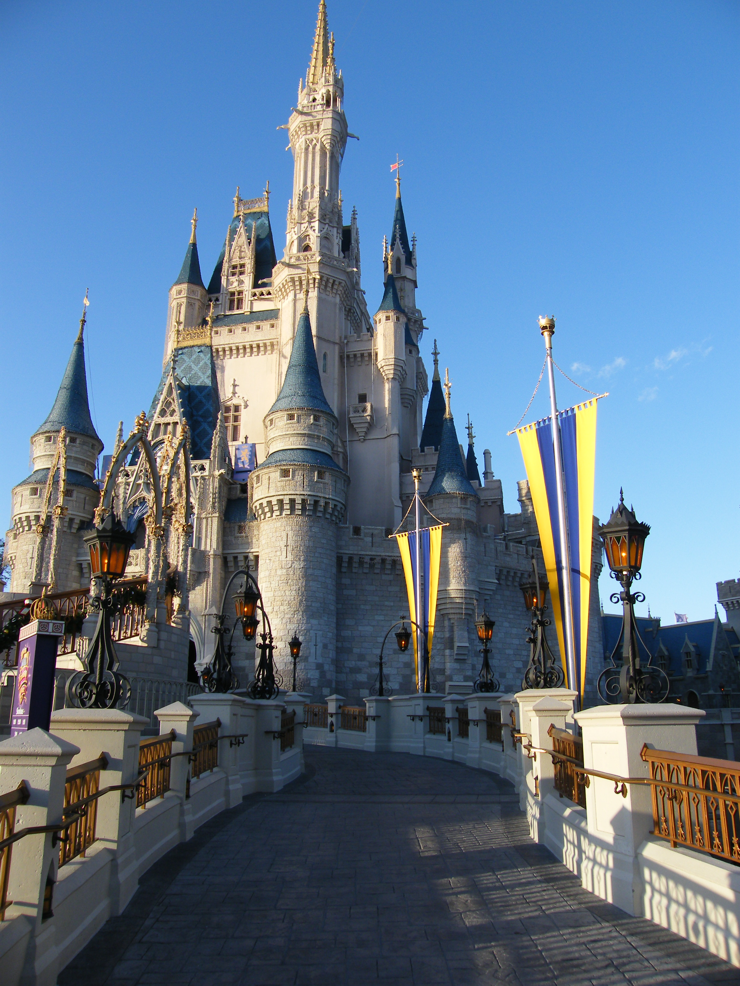 Magic Kingdom Castel east view